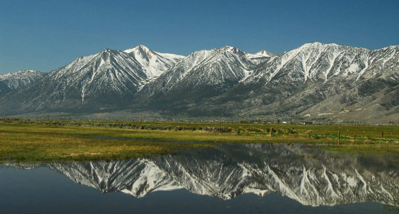 Water Reflections Carson Valley1400x750